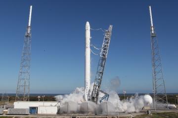 Sikeresen felszállt (és visszatért) a SpaceX Falcon 9-es hordozórakétája