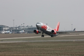 """""""Budapest"""" nevű géppel indított a Jet2.com leedsi járata"""