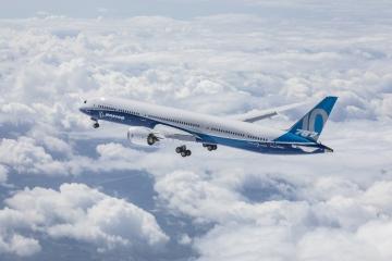 Felszállt az első B 787-10-es Dreamliner