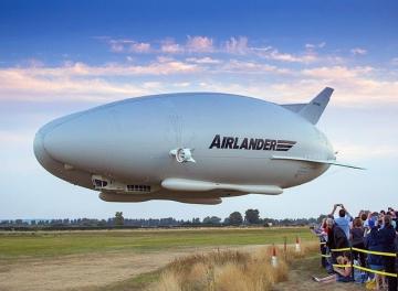 Hamarosan újra repül az Airlander 10-es hibrid léghajó