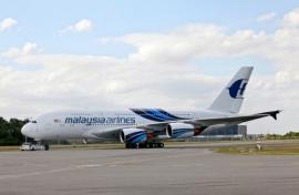 A Malaysian első A380-asának különleges festése