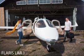 Hamarosan levegőben az új lengyel ultrakönnyű jet, a FLARIS LAR 1