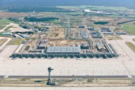Célegyenesben a Berlin-Brandenburg repülőtér fejlesztése