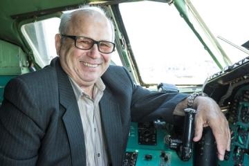 Mónus Ferenc: Manapság nem pilótára, inkább informatikusra van szükség