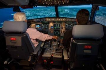 Pilótaképzés van, de a repülőmérnöki szakirányú képzés szünetel