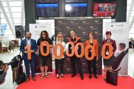 Még soha nem voltak ennyien: havi egymillió utas a repülőtéren!
