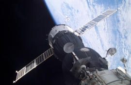 ISS – a Szojuz menetrend szerint, pontosan dokkolt
