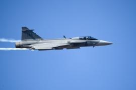 A Svéd Fegyveres Erők elkötelezett a Gripen program fejlesztése mellett