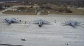 Civil és katonai gépek fogadására alkalmas repülőtér lesz a pápai bázisból