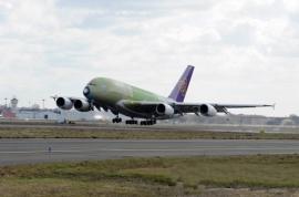 A Thai Airways első A380-asának szűzfelszállása - A következő lépés az utaskabin berendezése és a külső festés