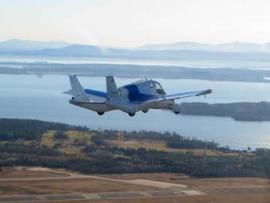 Levegőben a Terrafugia repülő kocsijának 2. generációs változata