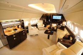 Az Airbus üzleti sugárhajtású repülőgépe Indiában - Az ACJ318-as a világ legszélesebb törzsű bizjetje