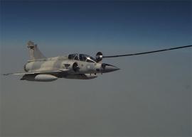 A Mirage 2000-es és az F–16-os már tankolhat az A330MRTT-ről